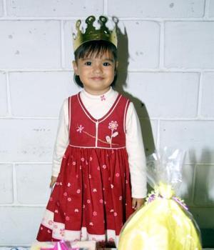 La pequeña Mari Tere Wong Robles cumplió tres años de vida y lo celebró con un divertido festejo.