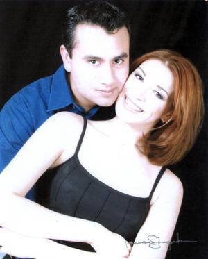 Édgar M. Tejada García e Iris Carilina Márquez Sánchez contrajeron matrimonio recientemente.