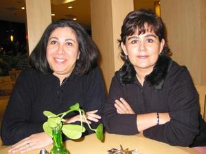 Beatriz Pérez Núñez y Claudia Rivera Marín.