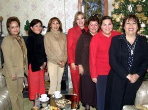 Silvia de De la Garza, Cony de Martínez, Flores de Osorna, Peregrina de Silveyra, Mariela de Barrondo, Paty de Castro y Azucena de Arreola.