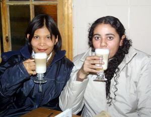 <u>19 de diciembre </u><p> Perla Esparza Ochoa y Nadia Castellanos Favela.