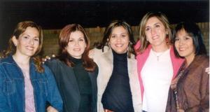 Ana Laura de Alcázar, Gaby de Ramírez, Alejandra de Marroquín, María Inés Vega, Penélope de Urita.