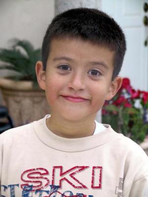 Diego de la Torre Cruz cumplió su octavo cumpleaños con un grato convivio.