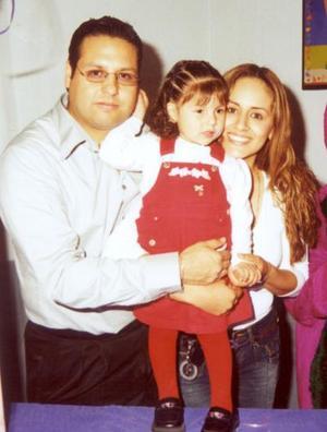 Valeria Lizeth Ortega Martínez cumplió dos años de vida con una divertida fiesta infantil preparada por sus papás Silvestre Ortega Mayorga y Lizeth Martínez de Ortega.