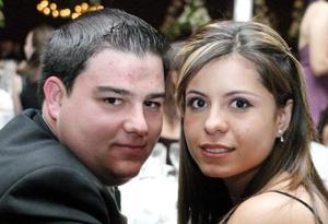 Fernando Fernández y Ana Lucía Urrutía, captados en pasado festejo social.
