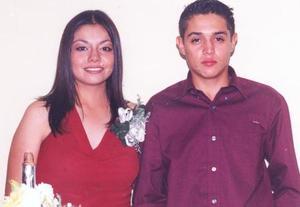 Mayra Muñoz de Mireles y Miguel Ángel Mireles Borjas, en pasado acontecimiento social.