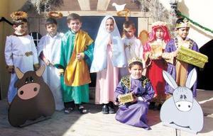 <u> 23 de diciembre </u> <p> Pequeños de conocido jardín de niños, quienes presentaron su tradicional pastorela..