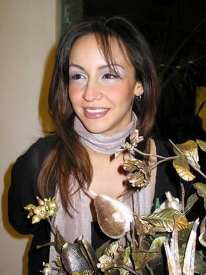 <u> 24 de diciembre  </u> <p> Silvia Escárcega Hernández fue despedida de su soltería por su próximo matrimonio con Luis García Graciano.