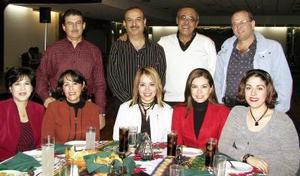 Natalia Sánchez, Itzel Alcántar, Laura Ramírez, Silvia Nájera, Liliana Acuña, Manuel Acuña, Enrique Mery, Óscar Rodríguez y Eduardo Campos.