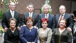 Sergio y Elba Ferriño, Juan e Imelda Borjón, Víctor y Elvira Arredondo, Fernando y Rita González, en pasado acontecimiento social.