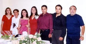 Norma Mireles, Estela Borjas, Estela Mireles, Mayra Muñoz, Miguel Ángel Mireles, Luis José Mirelres y Luis Mireles en pasado aconteciemitno social.
