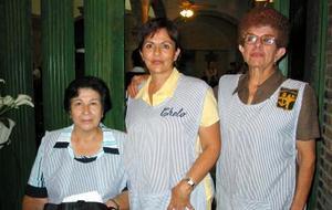<u> 28 de diciembre </u> <p> Esther Montellano, Consuelo de Gilio y Yolanda.