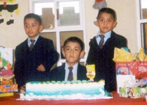 José Ángel, Alexis y Adair Mendoza Silva festejaron sus seis y tres años de vida, respectivamente, con una divertida fiesta que el organizaron sus papás en fechas pasadas.