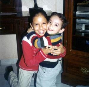 <u>29 de diciembre de 2003</u>  Yadira Hernández Gómez y Chrisitan Alejandro Rodríguez Hernández captados en pasado festejo familiar.
