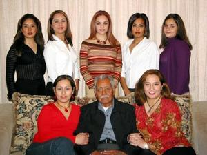 Claudia Cervantes, Vanessa Reyes, Alejandra Sánchez, Mariel Tovalín, Paola Lozano, Fabiola Tovalín, Villagrana, Heriberto Tovalín, Elizabeth Tovalín.