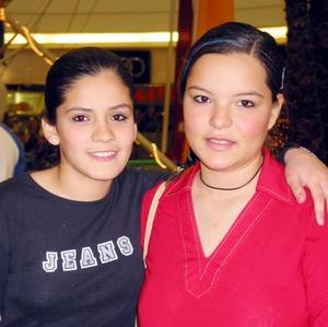 Cristy Arratia y Karen Verdeja.
