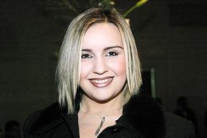 Verónica Timenet Rodríguez en reciente festejo de boda.