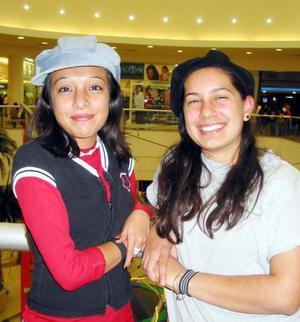 Arlette y Jazmín Uribe.