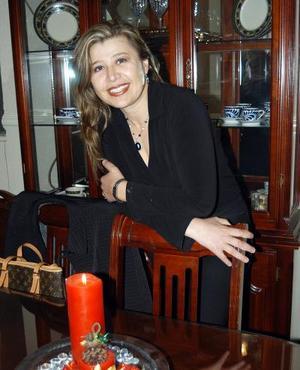 <u>05 de enero</u><p> Mónica Miranda de Jiménez festejó su cumpleaños en fechas pasadas.