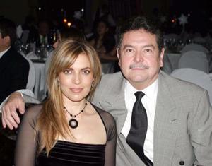 Irma Delgado de González y Jorge González