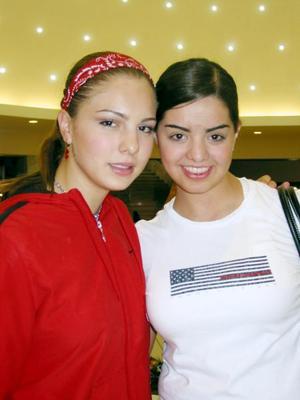 Mariana Álvarez y Luz Areli Astorga.
