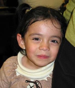 <u>07 de enero</u><p> Valeria Coronado Ortega en un festejo infantil.