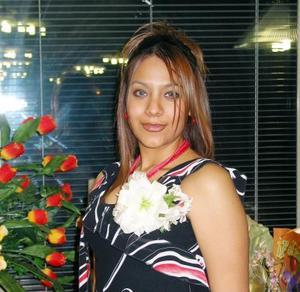 <u>07 de enero</u><p>  María Eugenia  Medina Palacios en su primera despedida de soltera