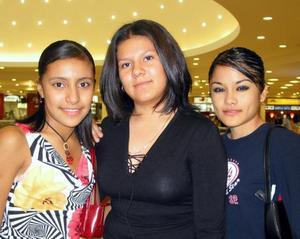 Laura QUintero, Isela Ortega y Brenda Rodríguez