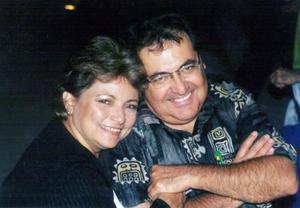 <u>08 de enero</u><p> Zoila Ortiz de Chapa y Carlos Chapa en una grata velada.