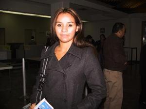 <u>08 de enero </u><p Retornó a Houston Texas, donde estudia, la Srita. Martha Flores