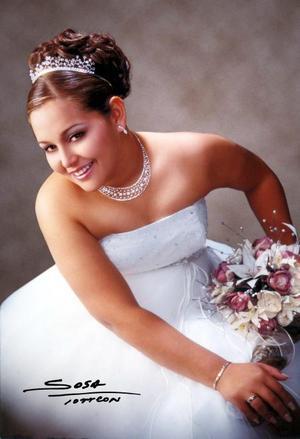 Srita. Marcela Pérez Domínguez cumplió quince años de vida en días pasados y lo celebró con un festejo acompañada de sus padres, amigos y demás familiares.