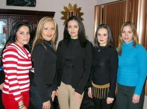 Cynthia Catalina Alcalá recibio sinceras felicitaciones en su despedida de  soltera por parte de Adriana Ortiz, Sofía González, Daniela Marín y Brenda Montañez