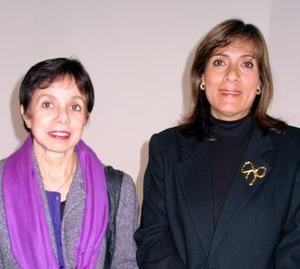Irma Gómez y Dora de González.