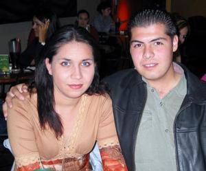 Karla Eliza Silva Rivera y Abel Alejandro Barreto Márquez.