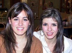 Marien  Barrientos de Calderón y Celina Barrientos