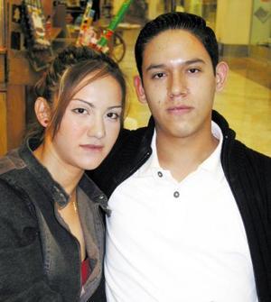 Rosa Imelda Martínez y José Luis Luján.
