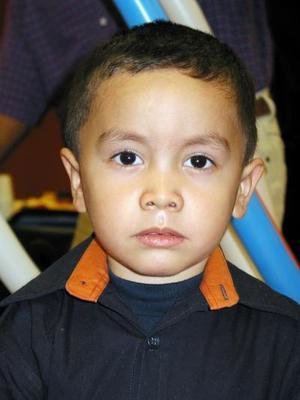 Enrique Frayre Villalobos captado en reciente convivio infantil.