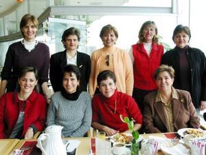 Anna RUsek, Eréndira Sada, Isabel de la Fuente, Georgina Gil, Isabel Villarreal, Charo Villarreal, Patricia Medina, Lorena López y Cecilia Talamás.