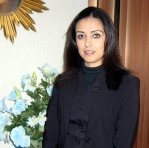 <u> 11 de enero </u><p> Señorita Cynthia Catalina Alcalá Salgado en un festejo pre nupcial que le organizaron.