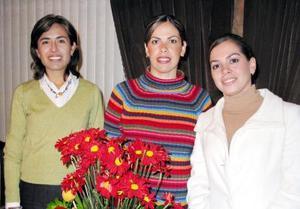 <u>14 de enero </u><p> Rocío Díaz de Del Río, Odila García de Ollivier y Gabriela Quezada de Díaz.