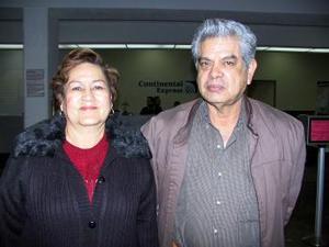 Para visitar a sus familiares, Magdalena Nieto se trasladó a Tijuana, ka despidió su esposo Humberto Solorio.