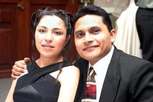 Brenda Martínez y Félix de la Cruz.