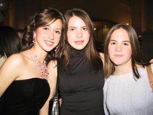 Annabell González, Mariana Hoyos  y Natalia Madero