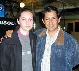 Azucena Garza Ceñal y Édgar Salinas Uribe.