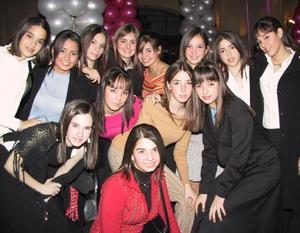 Mónica, Andrea, Paola,  Ana Paula, Daniela, Mariana, Brenda, Isabel, Marypily y Marcela.
