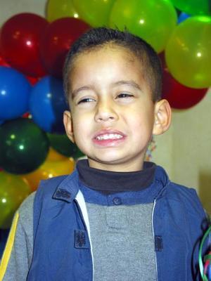 Nicolás Armando Llanos Navarro fue festejado por sus cinco años de vida con un divertido convivio infantil.