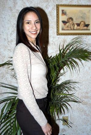 Carla Sosa Lugo en la despedida de soltera que se le ofreció en días pasados.