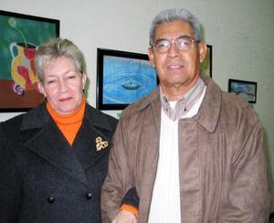 María Magdalena Pérez de García y Héctor García Rosales, estimado matrimonio de nuestra sociedad.
