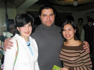 Idoia Leal, Édgar Morales y Verónica Ramírez.