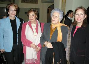 Irma de Froto, Tere Iglesias, María Eva de Braña y Luly Braña de Escamilla